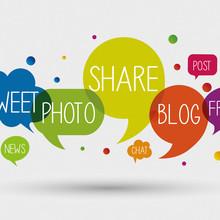 Fachbegriffe des sozialen Netzwerkens in Sprechblasen. Foto:©elaborah/Fotolia.com