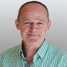Dr. Axel Knicker