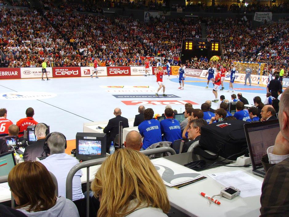 sportmanagement und sportkommunikation